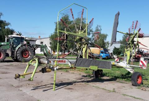 rostlinna-vyroba-02-mechanizace.jpg